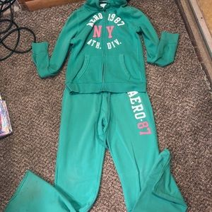 Aeropostale sweat outfit